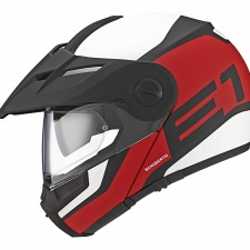 Schuberth's New E1 Helmet – Adventure and Sport Collide!