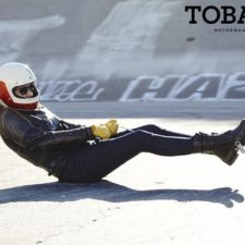 Tobacco Motorwear's tests Kevlar women's jeans
